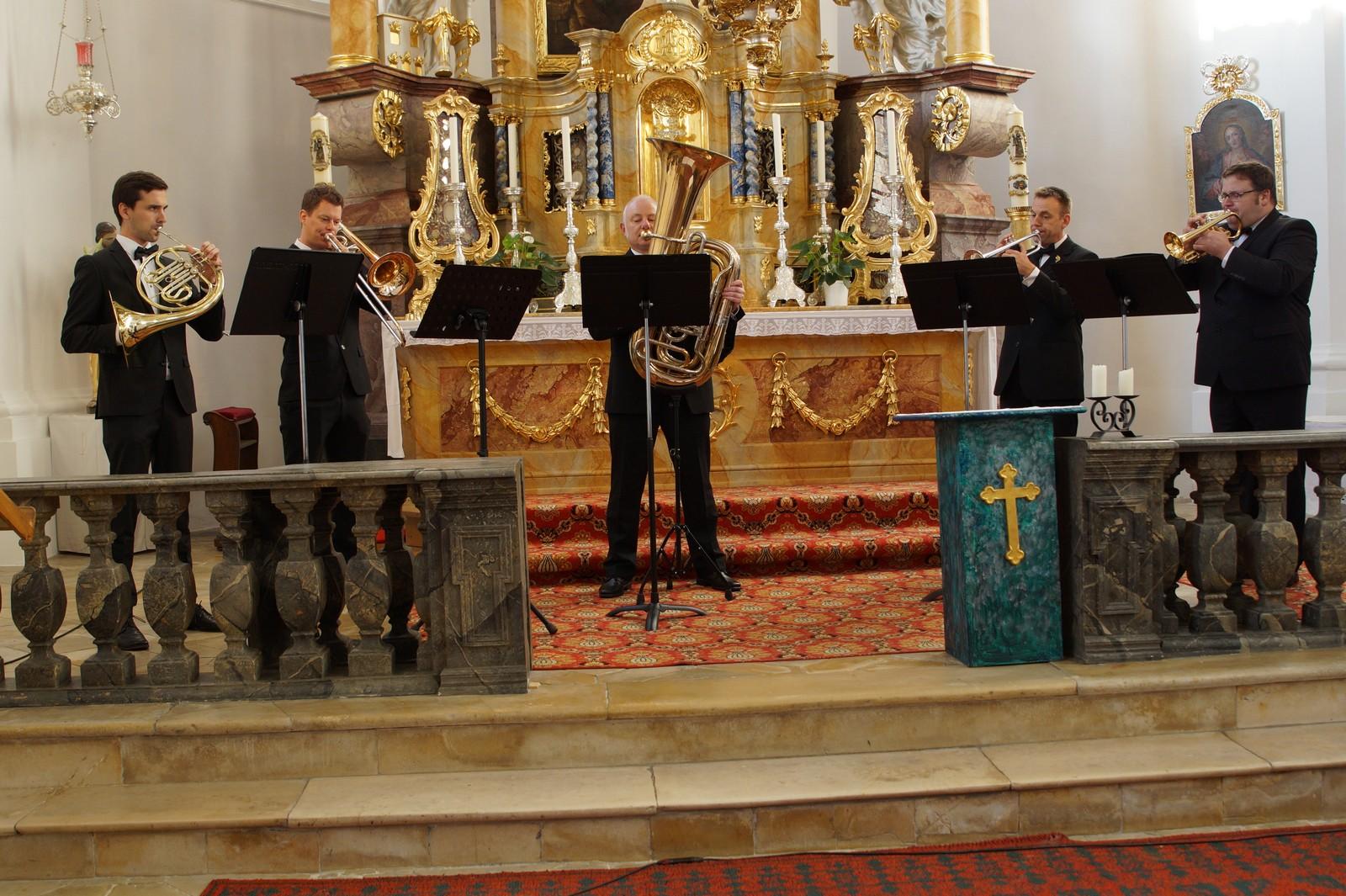 20181014-Konzert i-Tüpferl und Holzensemble -Schwarzenfelder Blaskapelle-Dionys-Kirchweih DSC03525