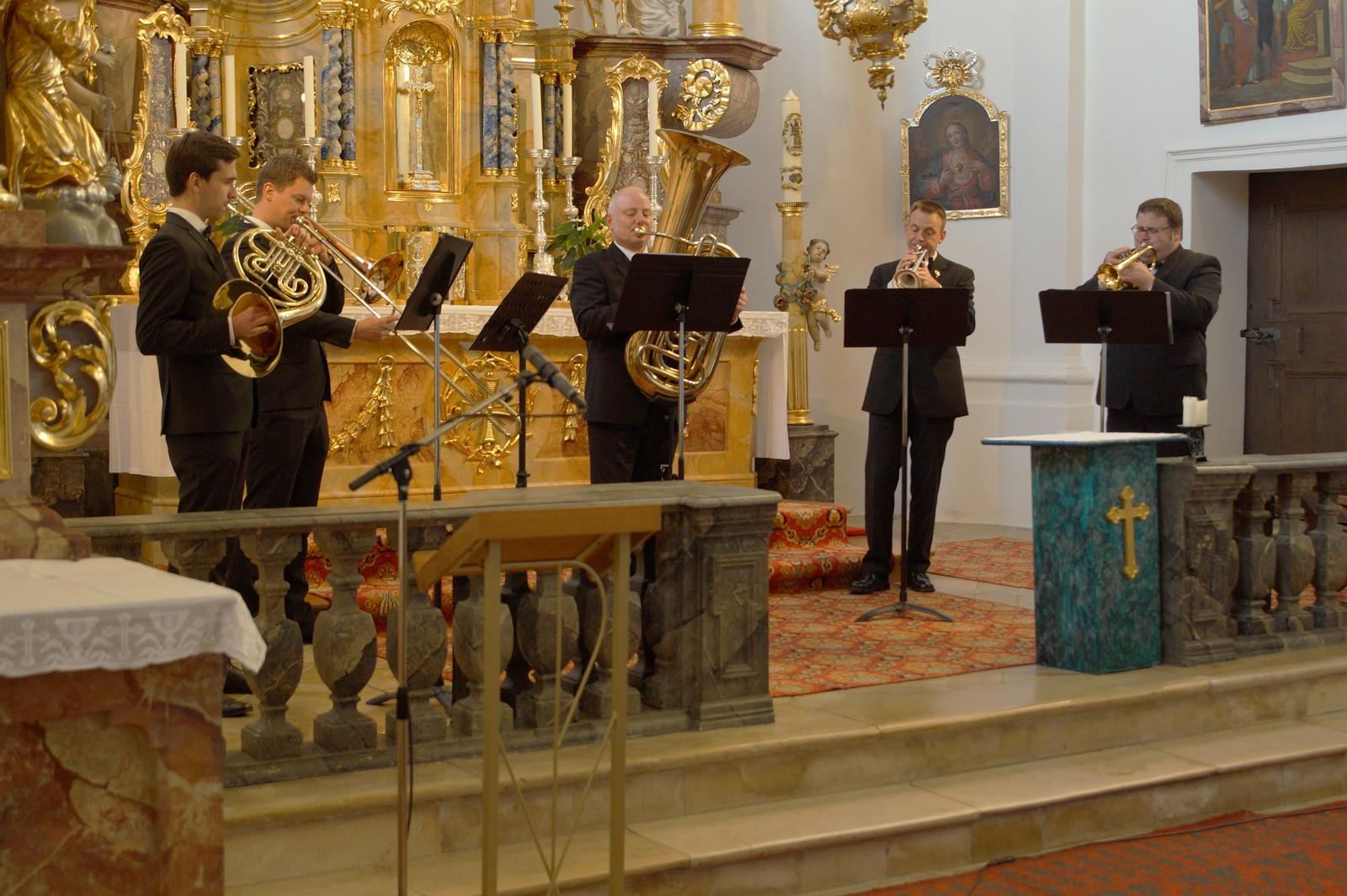 20181014-Konzert i-Tüpferl und Holzensemble -Schwarzenfelder Blaskapelle-Dionys-Kirchweih DSC03546