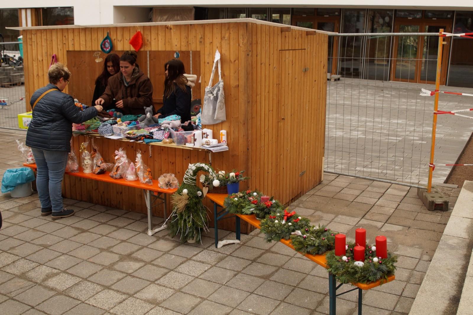 20181209-Krebeiki-Weihnachtsmarkt DSC03661