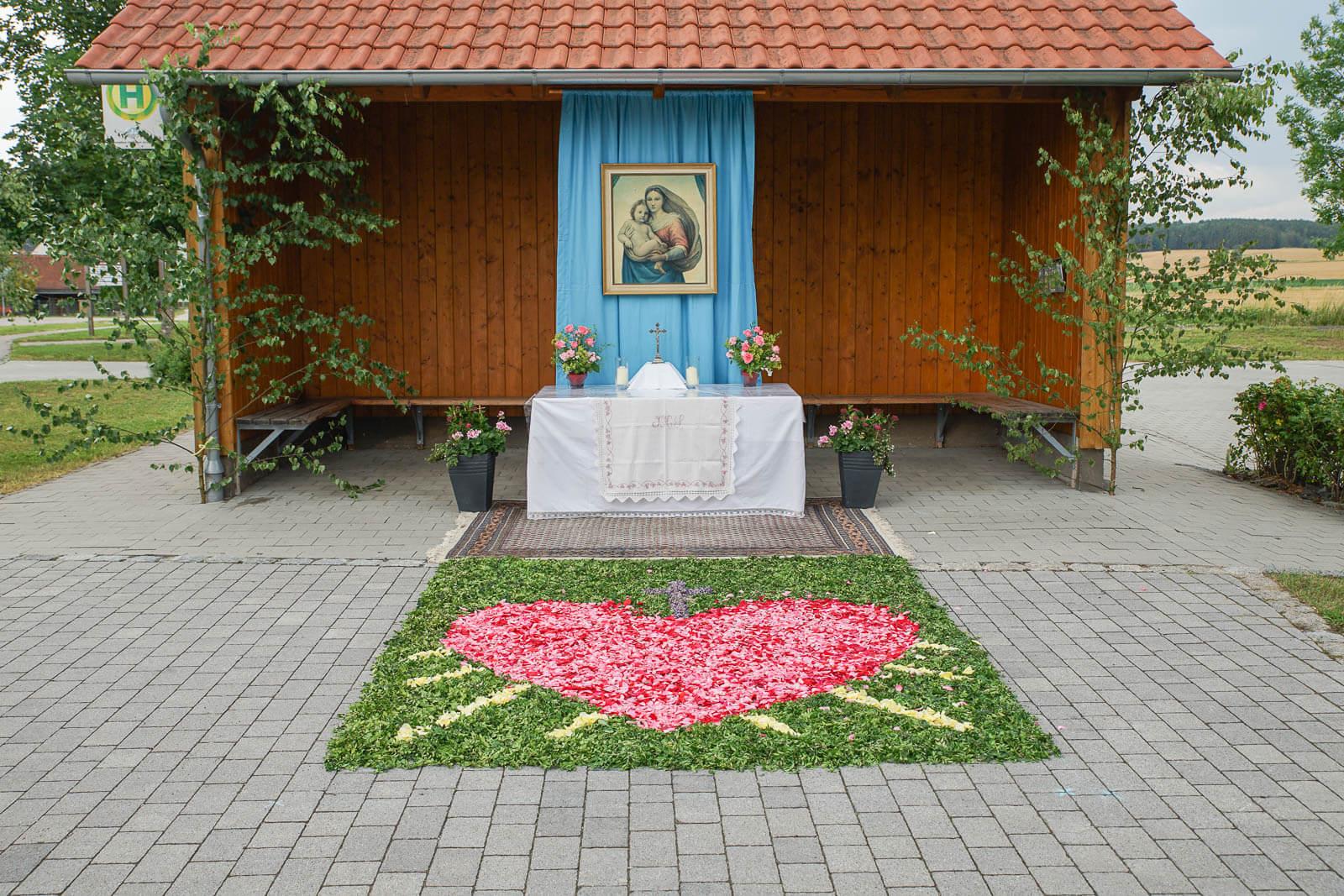 20190632-Fronleichnam Wölsendorf_4.Altar DSC01072