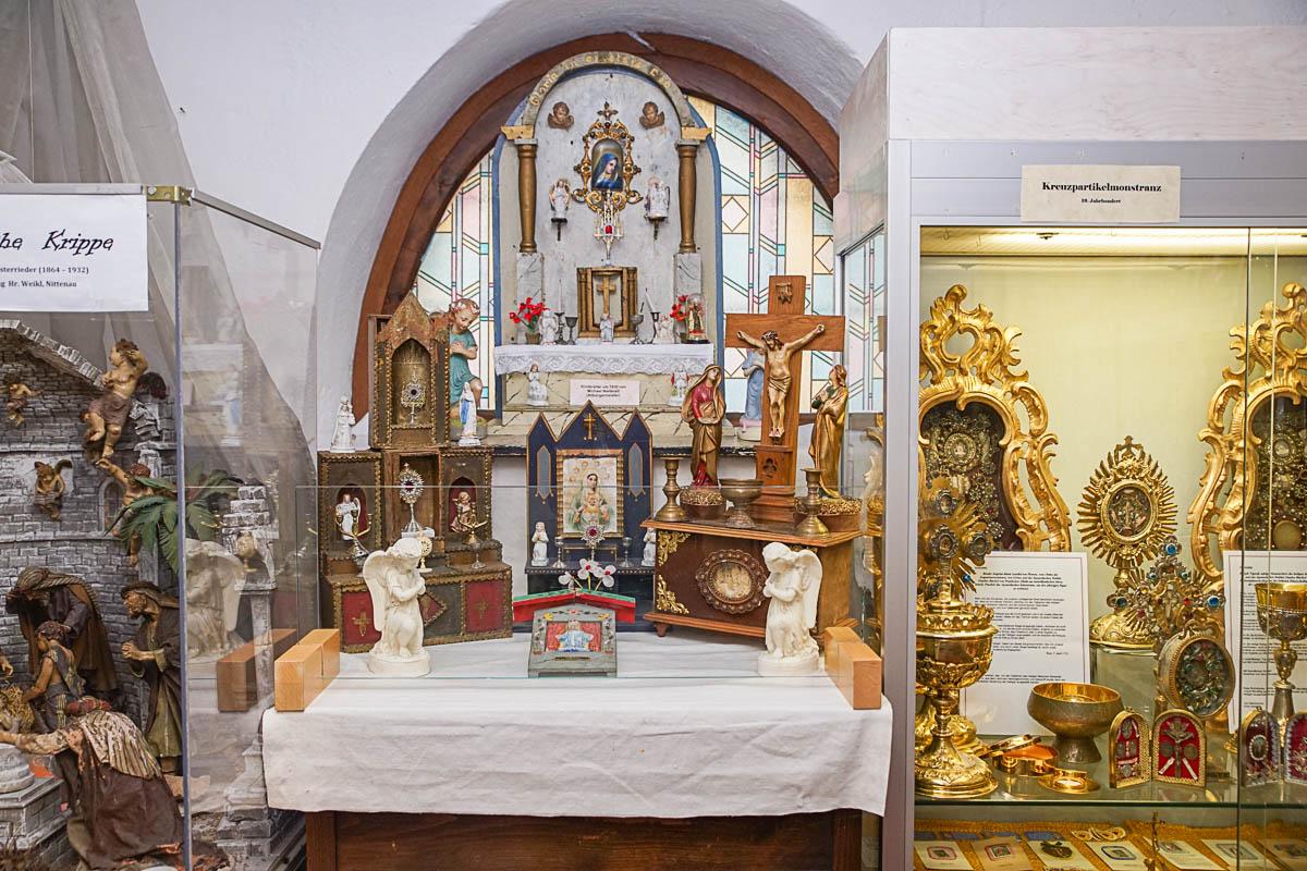 20190814-Ausstellung Weihwasserkästchen-Franz Schieder-01409