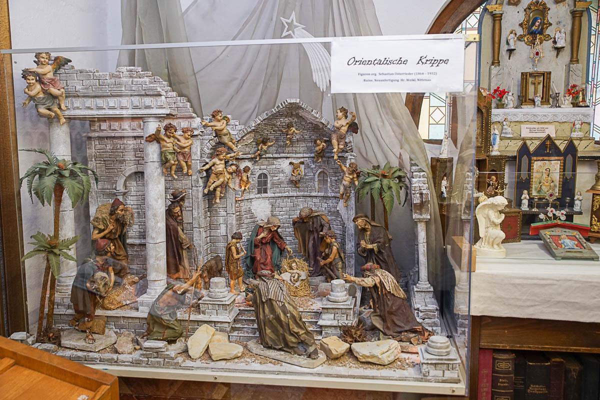 20190814-Ausstellung Weihwasserkästchen-Franz Schieder-01411