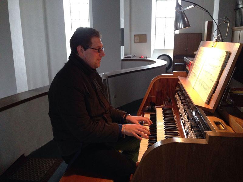 Marco Strießl - Organist in der Filialkirche St. Wofgang in Wölsendorf