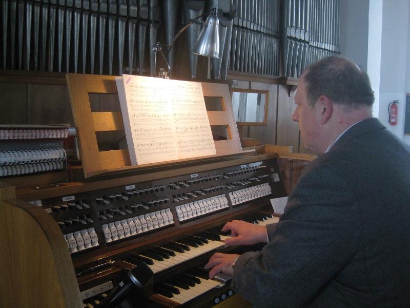 Michael Koch - Organist und Chorleiter der Pfarrei Schwarzenfeld und Dekanatskirchenmusiker